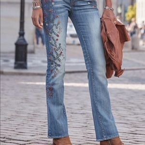 Driftwood Kelly Embroidered Straight Leg Jeans 32